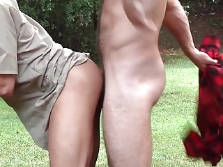 Jimmy Fanz and Zac Stevens take a break from work for outdoor sex