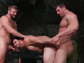 Jaxton Wheeler is pounded by big guys Zeb Atlas and Colby Jansen