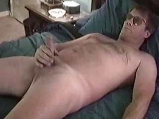 Chunky older guy takes off his tighty whities to jack his flesh