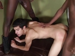 Gay babe Nate Richards is taken from both ends