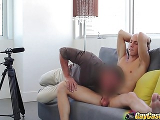 Matthew King sucks and receives as part of his gay casting