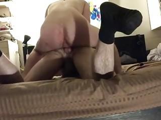 Amateur boyfriends set up a camera to make an anal sex tape