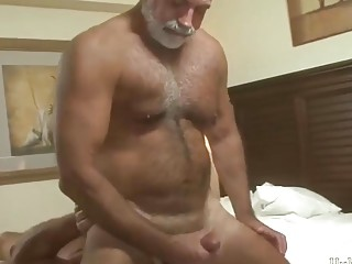 Older bears are loving before and after anal sex