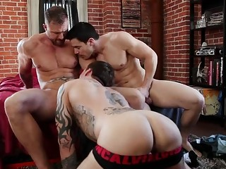 Hardcore gay threesome with Chris Rockway, Austin Wolf and Jordan Levine